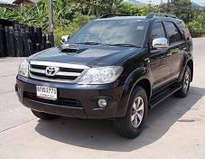 Toyota Fortuner 3.0 V 4WD ปี05