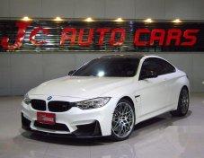 รถสวย ใช้ดี BMW M4 รถเก๋ง 2 ประตู