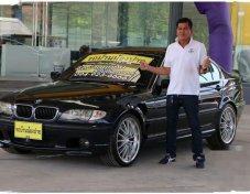 BMW 330i SE รถเก๋ง 4 ประตู ราคาที่ดี