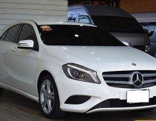 ราคา 899,000 บาท   Benz A180 BlueEFFICIENCY 1.6 W176 Style Hatchback AT 2013