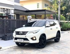 2016 TOYOTA Fortuner 2.8 TRD navi 2WD AT