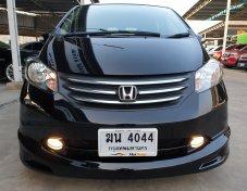 2012 Honda Freed SE van