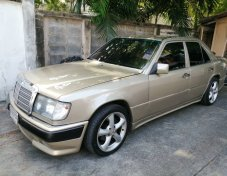 Mercedes-Benz 300E Classic 1991 sedan