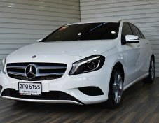 Benz A180 BlueEFFICIENCY 1.6 W176 Style  AT ปี2013