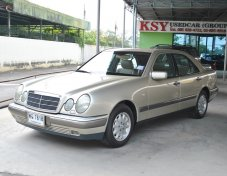 1997 BENZ E230