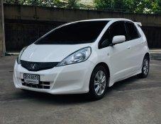 ขายรถ HONDA JAZZ 1.5 i-Vtec A/T ปี 2013 สีขาว