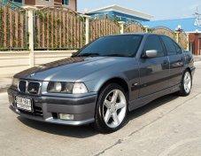 2000 BMW 318i E30 sedan