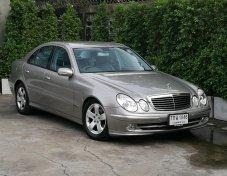 Benz W211 E240 Avantgarde 2.6 V6 AT ปี2004