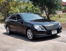 Benz E200 1.8 NGT W212 ปี13 สีดำ รถสวยมือเดียวขับดีออฟชั้นครบเครื่องช่วงล่างแน่นภายในนั่งสบายเล่มพร้อมโอน