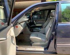 MERCEDES-BENZ E230 Elegance ราคาที่ดี