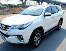 2016 Toyota Fortuner 2.8V suv at4w