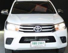 2015 Toyota Hilux Revo E pickup