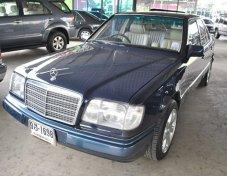 1994 BENZ E220 AUTO รถสวย  วิ่ง 94,000 กม