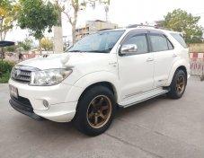 2009 Toyota Fortuner V 4WD suv