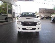 Toyota Vigo 2.5J      ปี2556/2013 สีขาว