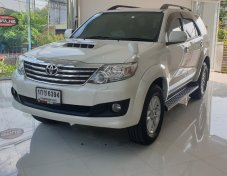 Toyota Fortuner3.0V Auto 4WD ปี2012