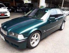 BMW 318i E30 sedan MT 1992