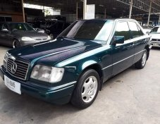 Mercedes-Benz E280 Classic sedan 1996