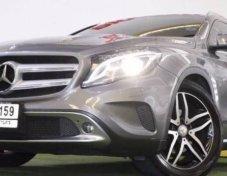 2014 Benz  GLA 200 สีเทา
