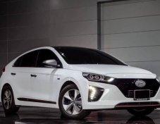Hyundai ioniq EV sedan AT  2019