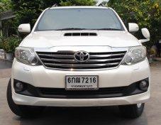 2012 Toyota Fortuner V 4WD ตัวท๊อปสุด จัดไฟแนนซ์วันเดียวรับรถ โทรคุย 0619391133
