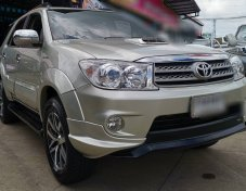 TOYOTA FORTUNER 3.0V 4WD ปี 2009 suv