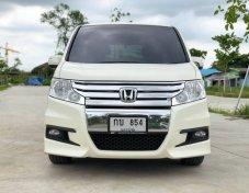 2013 Honda STEPWGN i-VTEC wagon