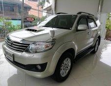 2011 Toyota Fortuner V 4WD suv