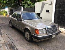 1998 Mercedes-Benz 230E Classic sedan