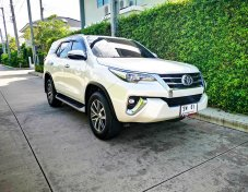Toyota Fortuner 2.8 (ปี 2016) V SUV AT (2WD)