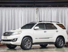 2015 Toyota Fortuner V 4WD suv