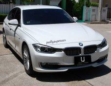BMW 320i Luxury Year 2015