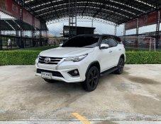 2016 Toyota Fortuner TRD suv