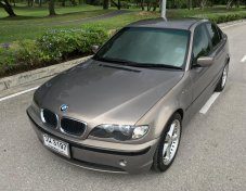 2005 BMW 318i sedan