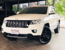2014 Jeep GRAND CHEROKEE S Limited CRD suv