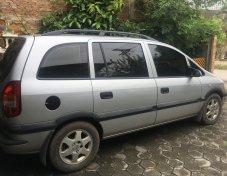 2000 Chevrolet Zafira CD suv