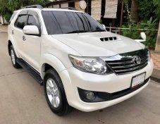 2014 Toyota Fortuner V suv รถบ้าน มือเดียวสวยจัด
