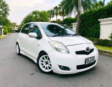 2011 Toyota YARIS E Limited hatchback
