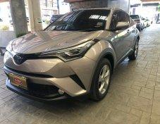 ขายรถ TOYOTA C-HR 1.8HV HI ตัวท็อปสุด ปี 2018 สีเทา