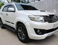 2014 Toyota Fortuner 3.0 TRD Sportivo III 4WD suv