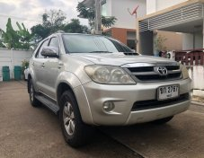 ขาย รถเก๋ง Toyota Fortuner 3.0 4WD ปี 2005