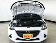 Mazda 2 Skyactive 1.3 Hi-connect เกียร์ Auto ปี 2558