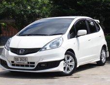 2011 Honda JAZZ 1.5 V ฟรีดาวน์ ฟรีประกัน อนุมัติง่าย ออกรถใช้เงิน 5000 บาท