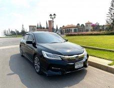 2017 Honda CIVIC 2.0 EL i-VTEC รถเก๋ง 4 ประตู