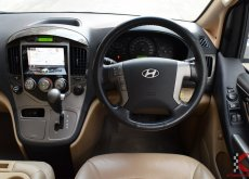 Hyundai Grand Starex 2.5 (ปี 2015) VIP Wagon AT