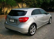 2014 Mercedes-Benz A180 Urban hatchback