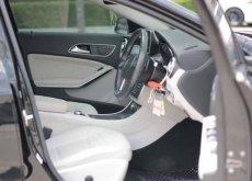 Mercedes-Benz GLA200 Urban ปี 2015