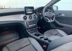 Benz GLA250 AMG Top สุด (ตัว change) หลังคาแก้ว