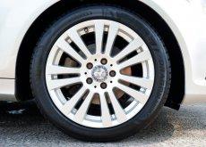 2013 Mercedes-Benz C200 CGI BlueEfficiency sedan