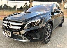 2017 Mercedes-Benz GLA200 Urban hatchback